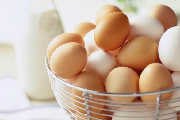 o-BROWN-EGGS-VS-WHITE-EGGS-facebook.jpg
